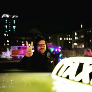 Das benutzen Henrik Moss 300x300 - Taxi-Demo für den Erhalt von Kultur